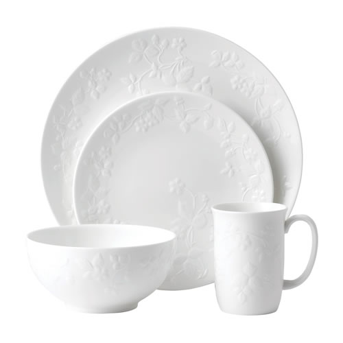 Wild Strawberry White 4 Piece Place Set