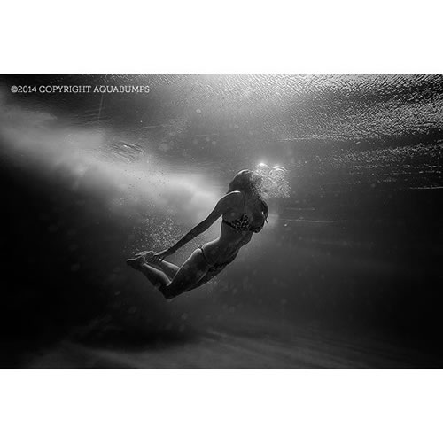 $200 Voucher towards an Aquabumps Underwater People Print