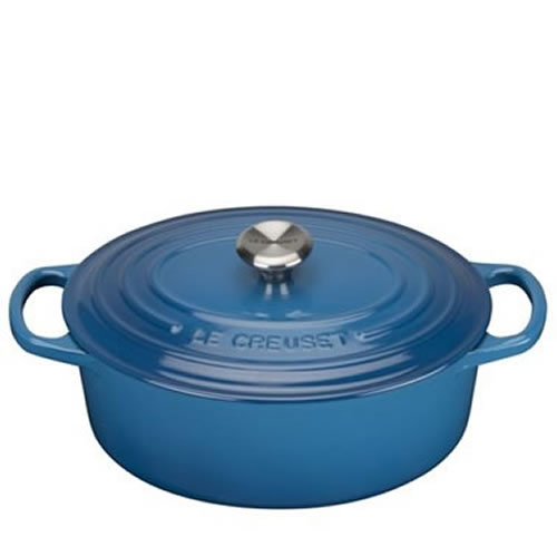 Marseille Blue Signature Oval Casserole 25cm plus a FREE PAIR OF SALT & PEPPER MILLS Valued at $130