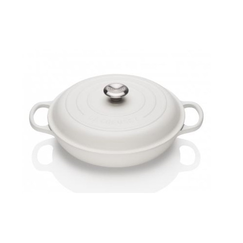 Cotton Signature Shallow Casserole 30cm plus a FREE PAIR OF SALT & PEPPER MILLS Valued at $130