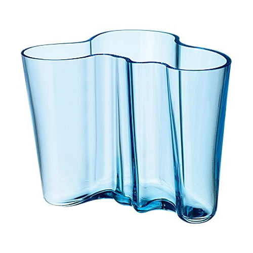 Alvar Aalto Collection Vase 160 mm in Light Blue