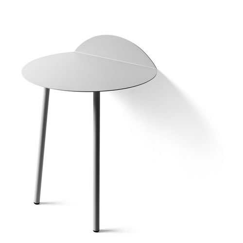 Yeh Wall Table Low in Light Grey