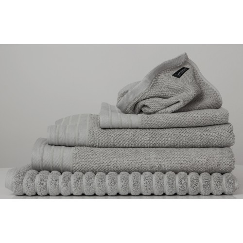 Dove Towel Set