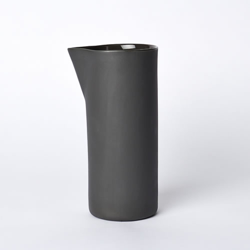 Carafe Medium in Slate