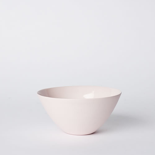 Medium Flared Bowl in Pink