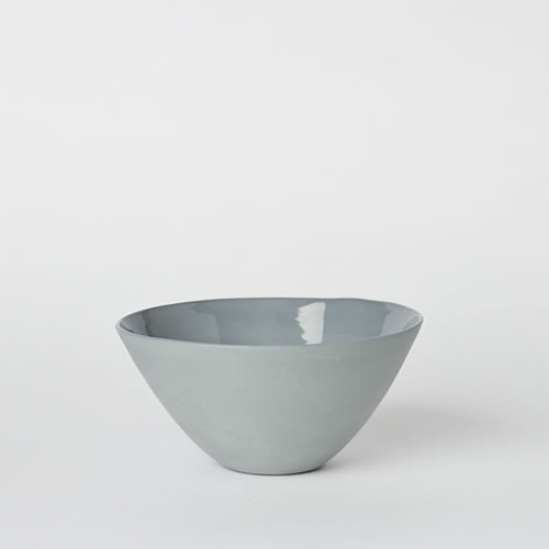 Medium Flared Bowl in Steel