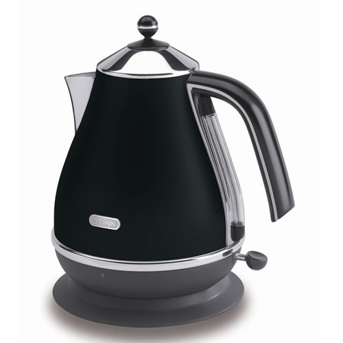 Icona Kettle in Black
