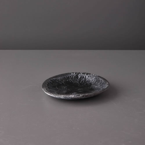 Resin Small Plate in Black Marble