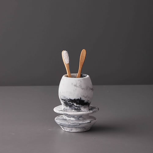 Resin Tooth Brush Holder in Grey Marble