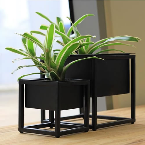 Metal Table Planters set of 2