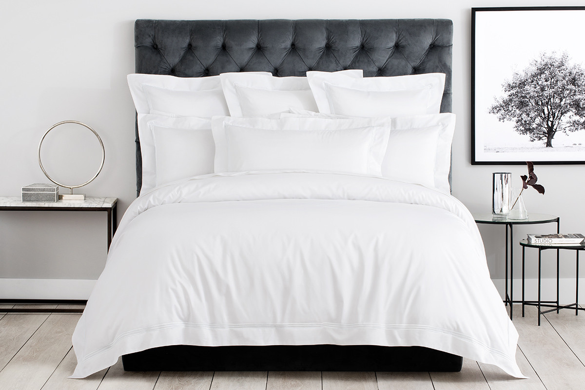 Palais King Tailored Quilt Cover in White