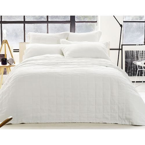 Abbotson Queen Quilted Bedcover 220cm x 220cm in White