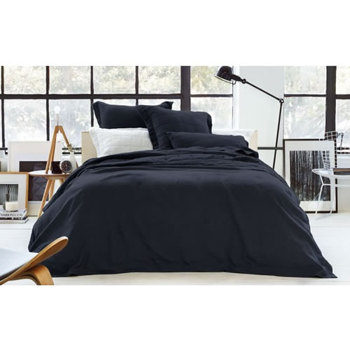 Abbotson Queen Tailored Quilt Cover in Midnight