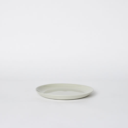 Scoop Salad Plate in Dust