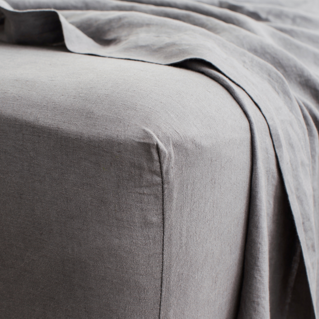 King Linen Fitted Sheet Charcoal Grey