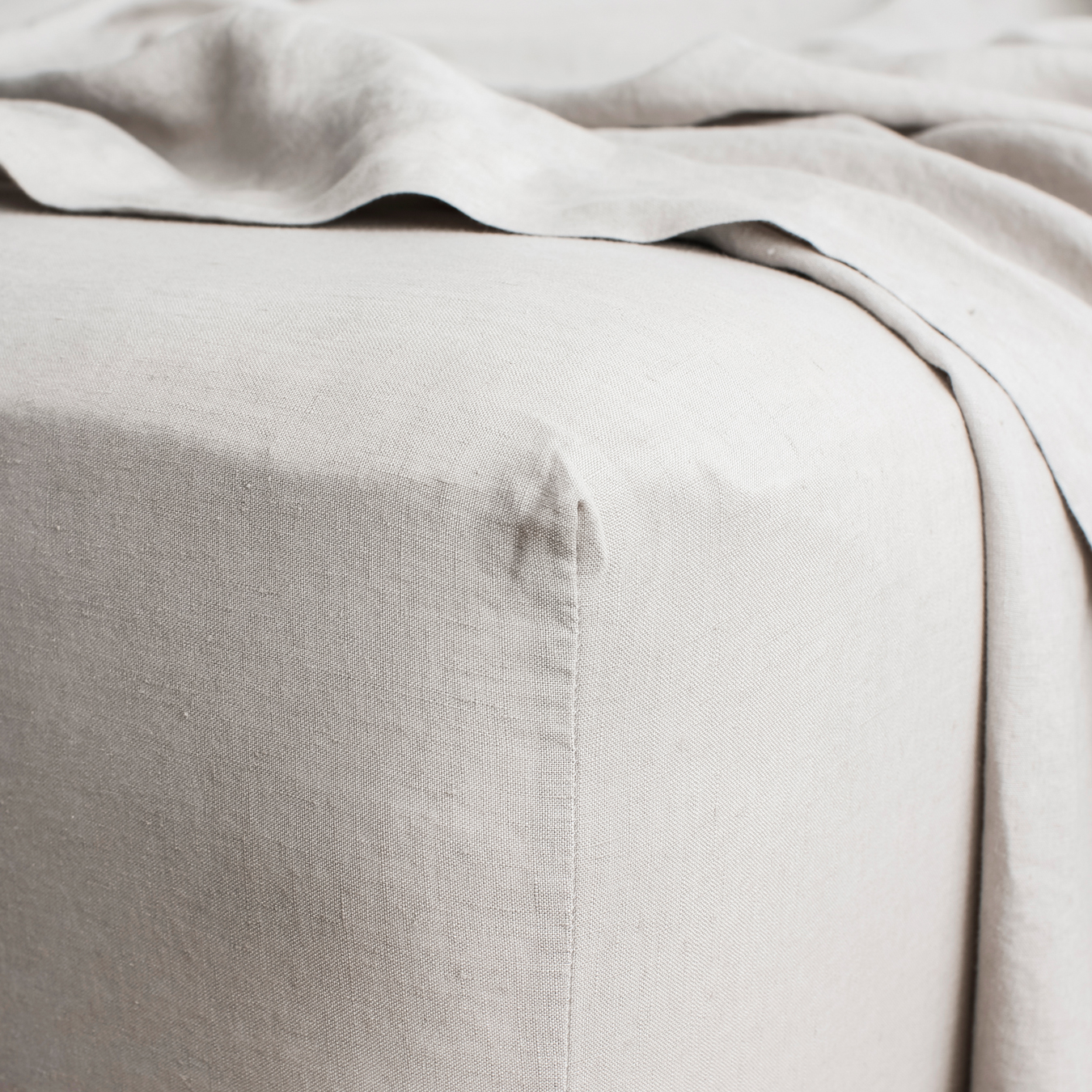 King Linen Fitted Sheet Smoke Grey