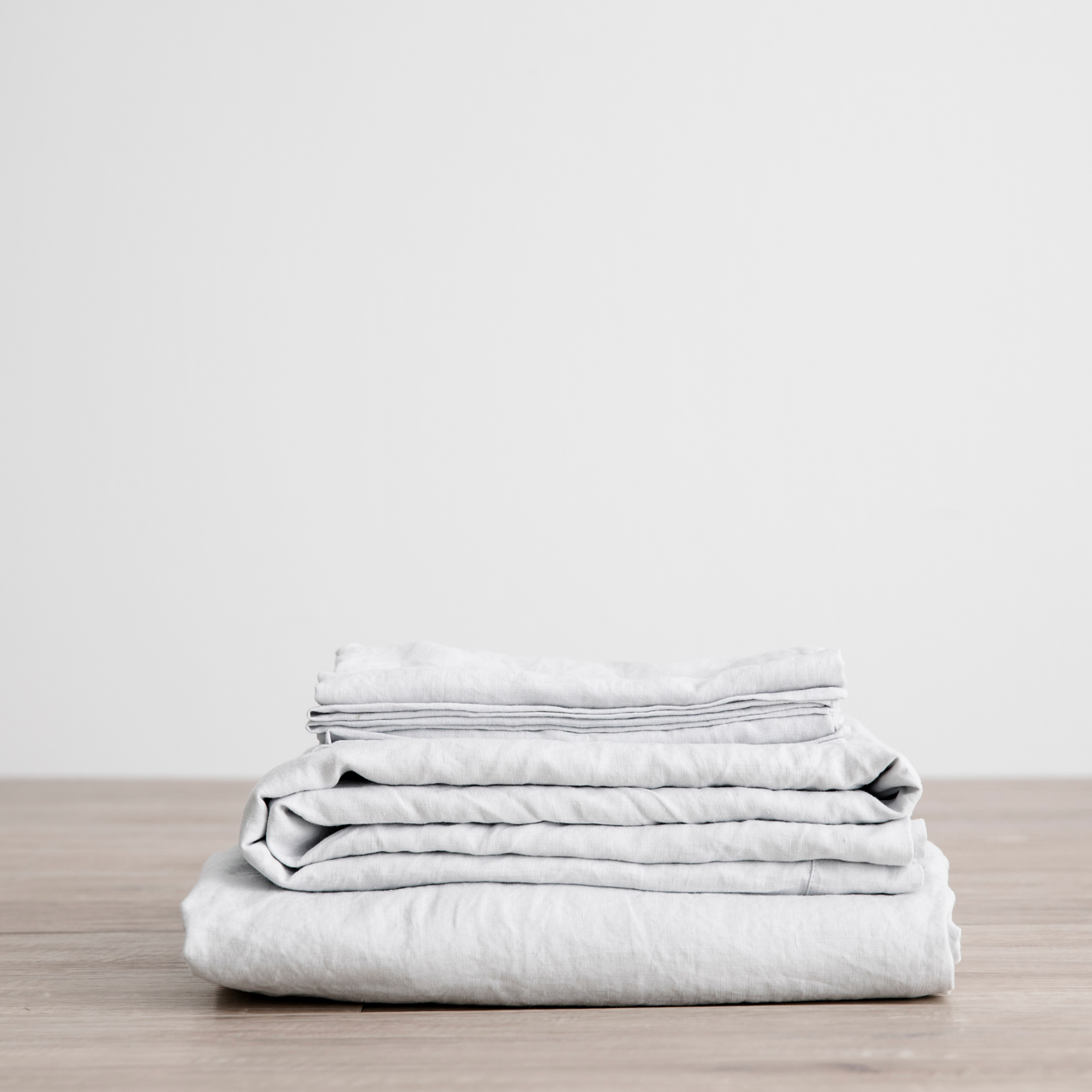 King Linen Sheet Set with Pillowcases Ice Blue