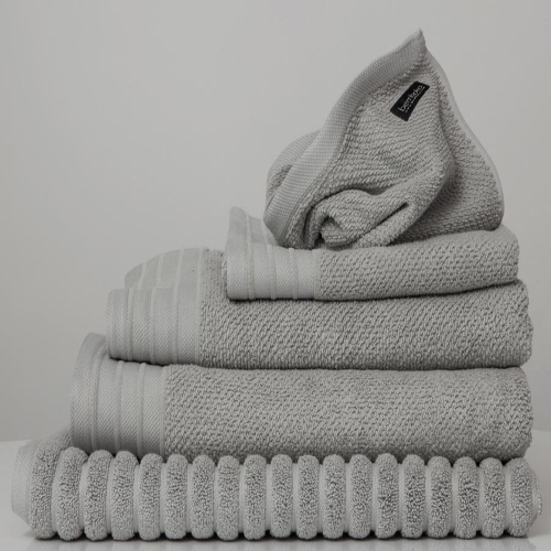 Dove Jacquard Bath Towel