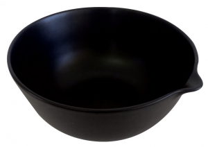 Maya Large Bowl with Lip in Black