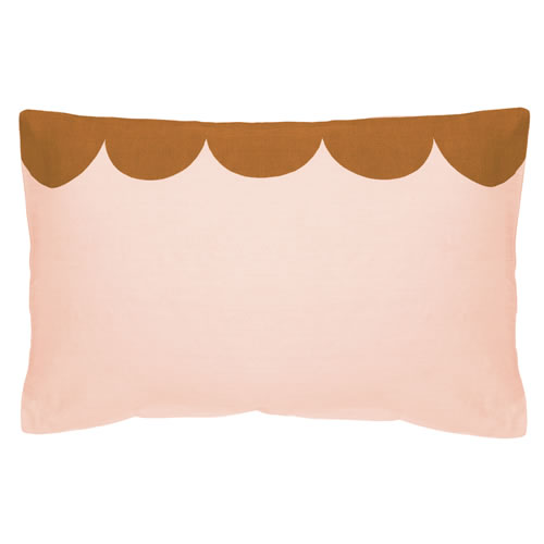 Blush Scallop Linen Pillowcase
